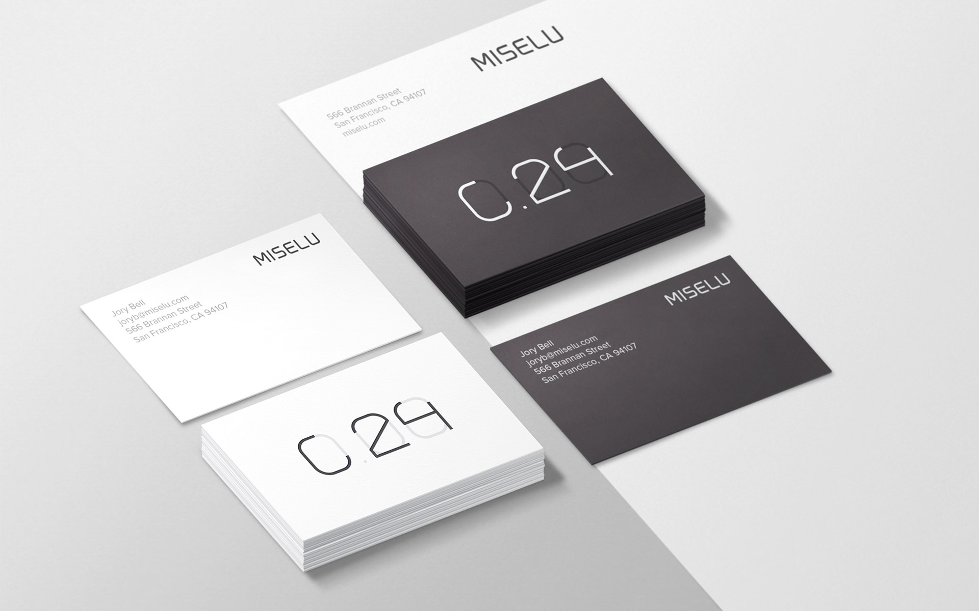 10+-Examples-of-Minimalist-Design-to-Inspire-Your-Own-Creations-Business-Cards